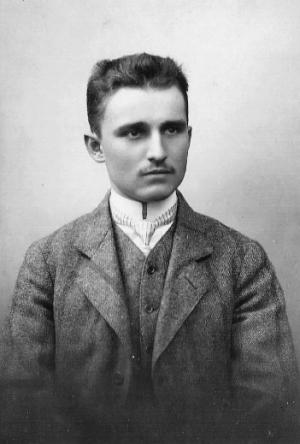 Dr. Kamilo Firinger